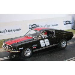 Carrera FORD Mustang n°66 noire