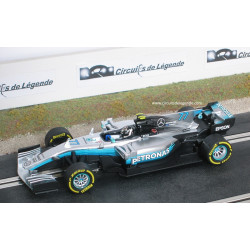 CARRERA MERCEDES-AMG Petronas F1 W08 EQ Power+ n°77