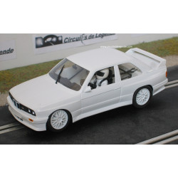 Fly BMW M3 E30 base blanche