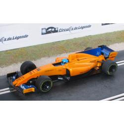 SCALEXTRIC McLAREN MCL33 Renault n° 14