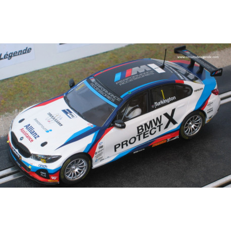 Scalextric BMW 330i M-Sport n°1