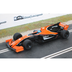 SCALEXTRIC McLAREN MCL32- Honda n° 14