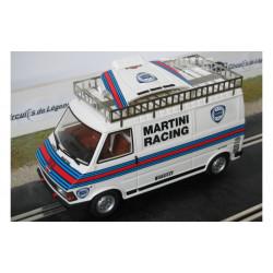 "Avant Slot fourgon Fiat 242 ""Lancia Martini"""