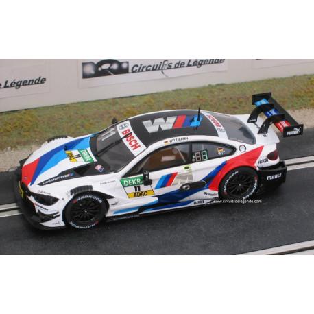 Carrera BMW M4 DTM n° 11